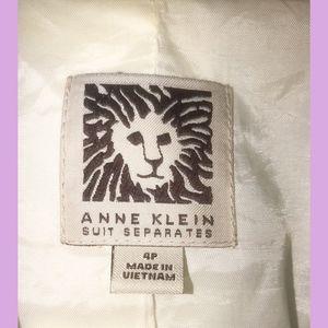 Anne Klein Jackets & Coats - Anne Klein - Suit Jacket / Blazer - White -Size 4P